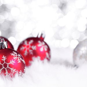 Christmas-Art-Snow-Balls-690x431
